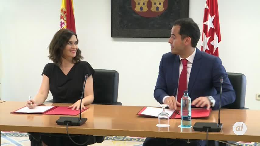 PP y Cs acuerdan un gobierno de coalición en Madrid presidido por Díaz