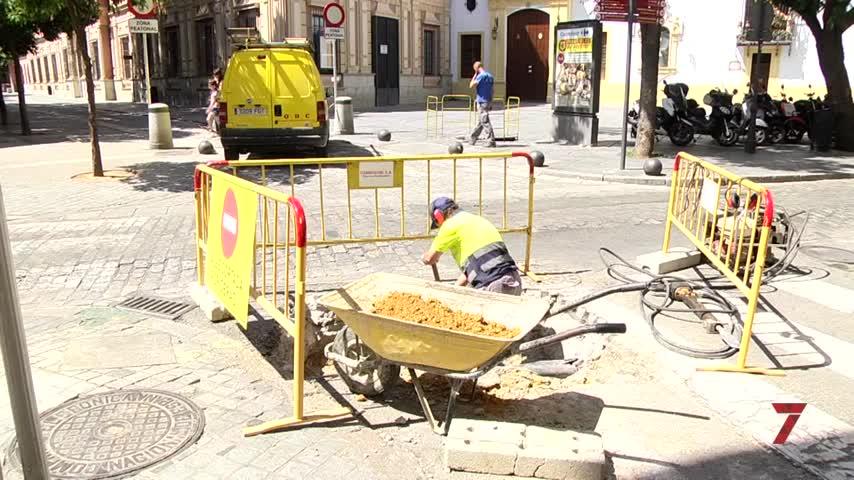 Emasesa continúa renovando las redes de la calle San Vicente