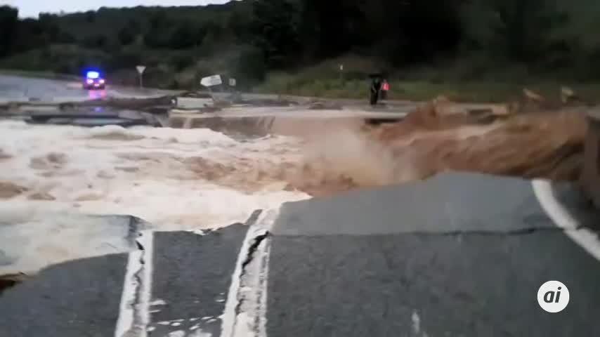Un fallecido tras ser arrastrado por las inundaciones en Navarra