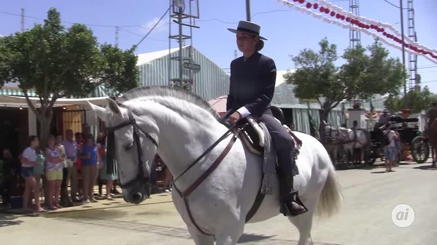 Los caballos protagonizan la jornada dominical en la Feria