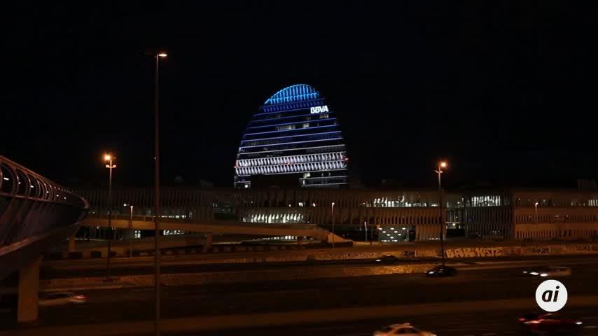 Anticorrupción pide imputar por cohecho al BBVA