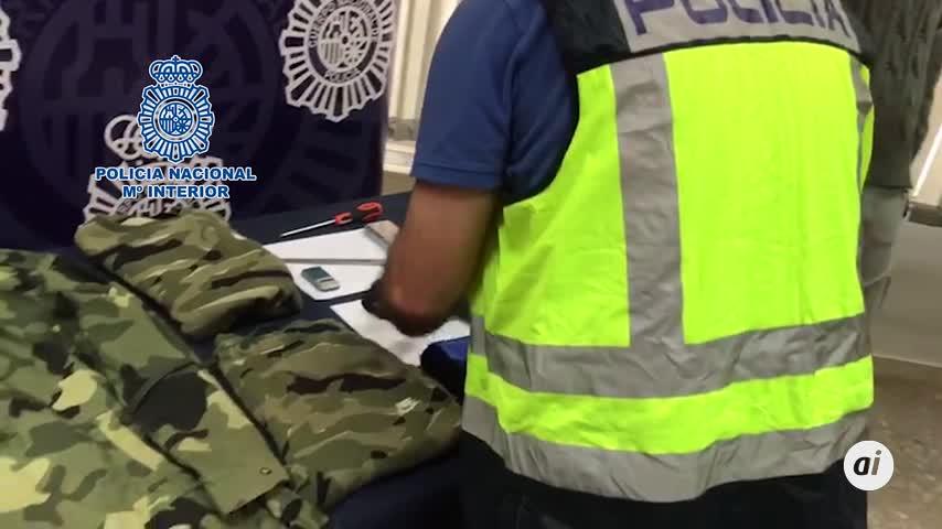 Detenido un atracador tras atrincherarse armado en una vivienda