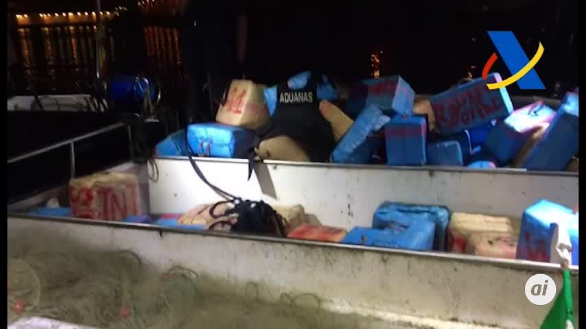 Dos detenidos con 3.600 kilos de hachís en un pesquero en Sanlúcar