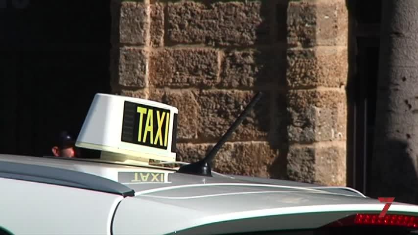 El taxi cierra agosto con caída de cuota de mercado