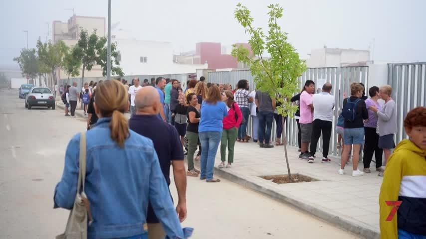 Medio millar de alumnos estrena por fin el nuevo instituto