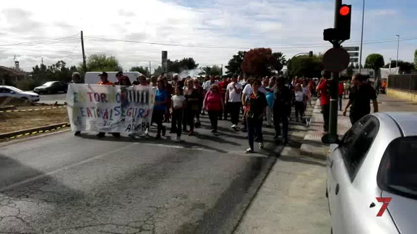 Guadalcacín exige accesos seguros con una marcha a pie