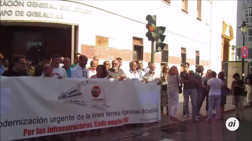 La Plataforma del Tren abre en Algeciras sus movilizaciones