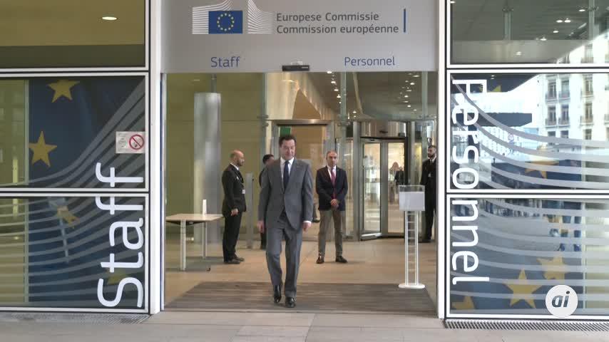 """Brexit: Moreno destaca """"sensibilidad"""" del negociador jefe de la UE"""