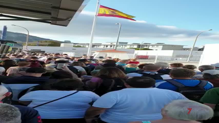 Un simulacro por el Brexit ocasiona colas en la frontera con Gibraltar