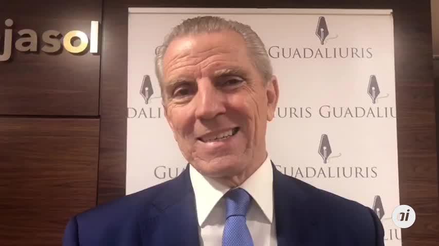 El Foro Guadaliuris recibe al expresidente de la CNMV Manuel Conthe