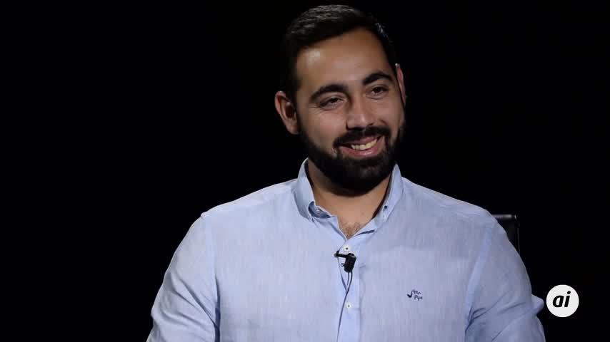 José Martínez, con 28 años y ya nominado a Mejor Docente de España