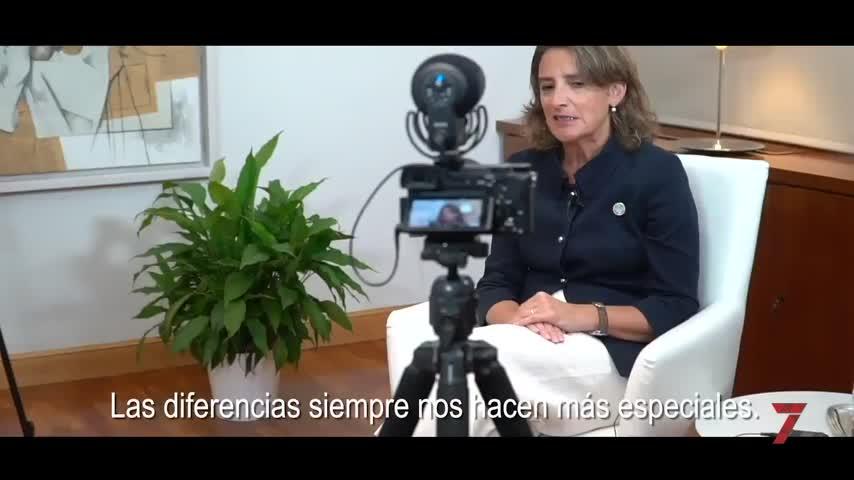 """El Gobierno defiende en vídeo la democracia: """"Spain everybody's land"""""""