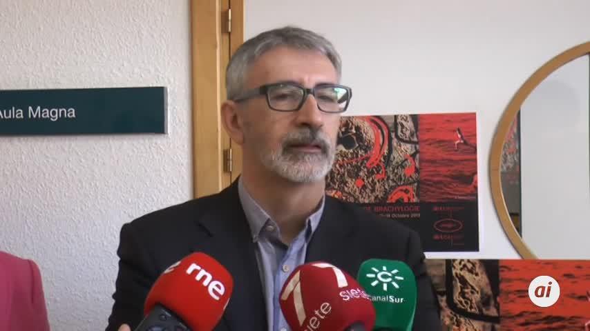 Piniella insta a la Junta a que invierta en Valcárcel