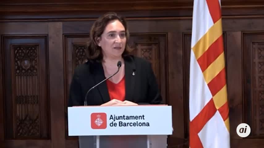 """Colau pide a Torra y Sánchez que """"dialoguen"""""""