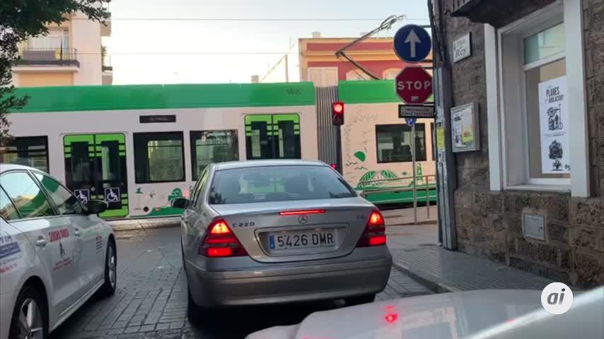 Mobiliario del tranvía acorde con el valor patrimonial de calle Real