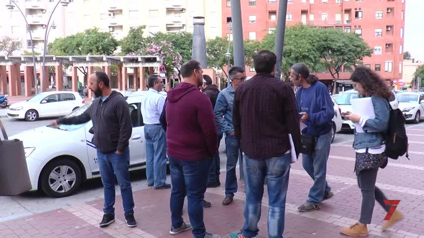 Adelante presenta su ordenanza reguladora de VTC junto a los taxistas