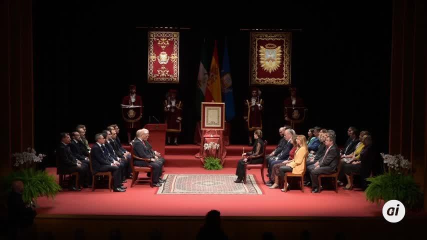 Acto completo de la entrega de la Medalla de la Ciudad a las Cofradías