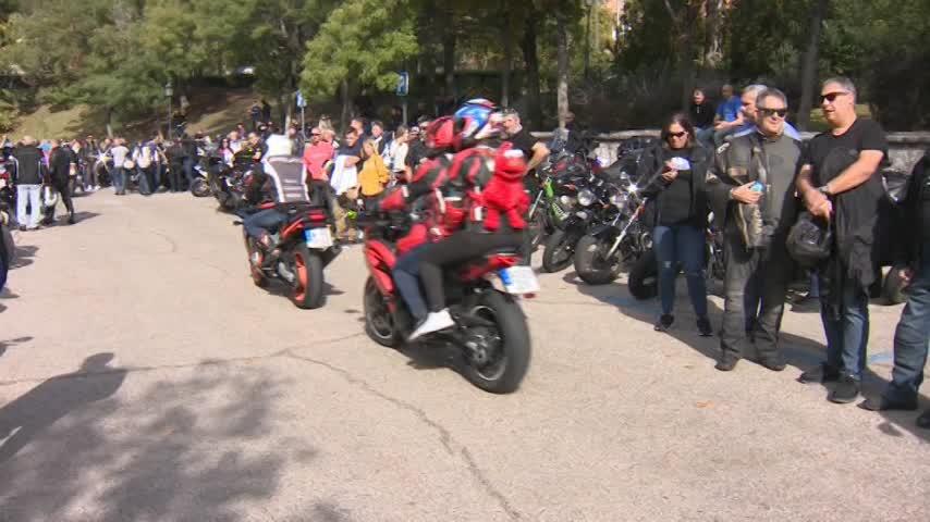 Motoristas de toda España se manifiestan contra los guardarraíles