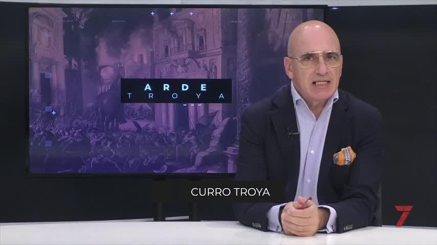 Arde Troya. Harto