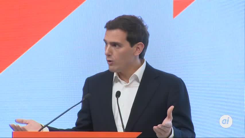 Rivera dimite y deja el escaño y la política tras la debacle del 10N