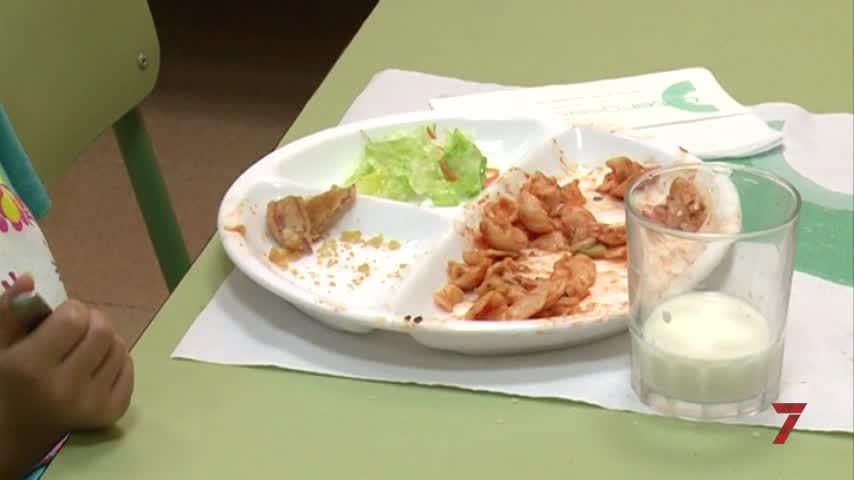 Los menús de los comedores escolares vuelven a suspender