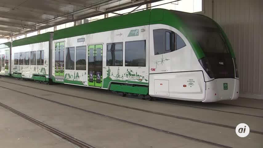 El tranvía entrará en las vías de Renfe a mediados de diciembre