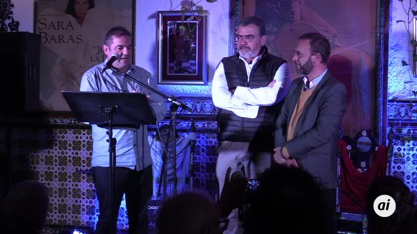 Antonio Mota recibe el reconocimiento en forma de Leyenda del Flamenco