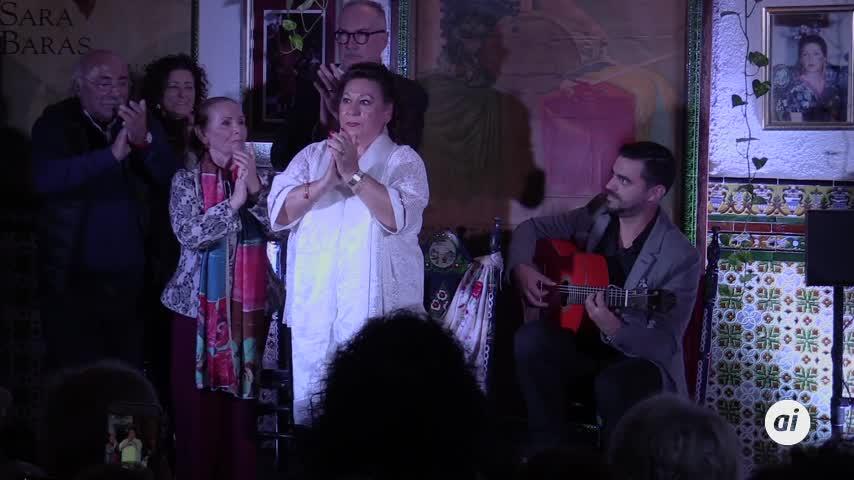 María  Vargas agradeció por bulerías la octava Leyenda del Flamenco