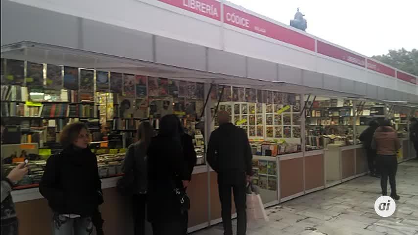 La Plaza Nueva de Sevilla acoge la Feria del Libro Antiguo y Ocasión