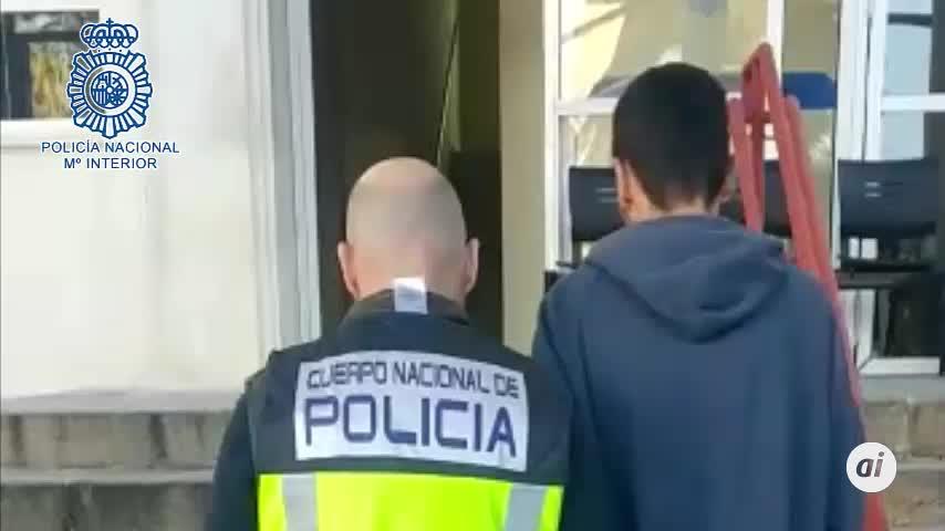 A prisión los dos detenidos por apuñalar a un hombre en Triana