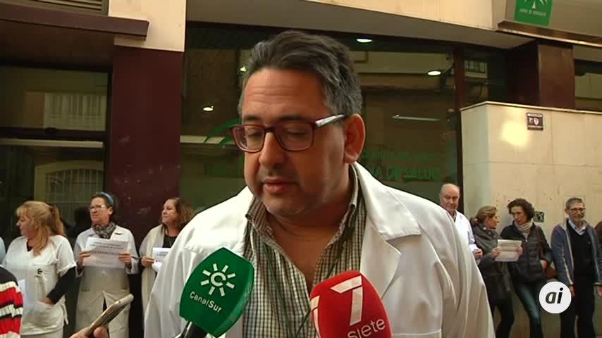 Concentración en Cádiz contra las agresiones a profesionales de salud
