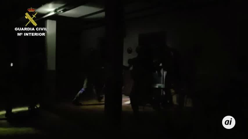17 detenidos e incautadas casi dos toneladas de hachís al caer una red