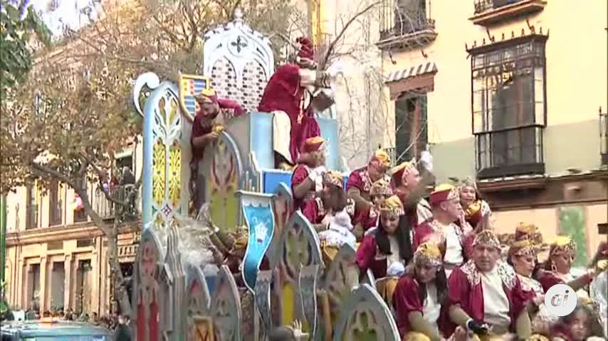 Viva la ilusión de la Cabalgata de Reyes de Sevilla con 7TV