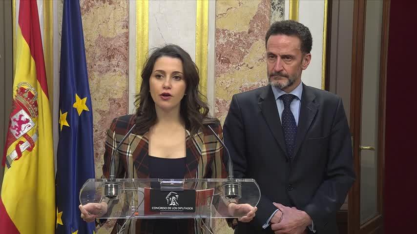 """Cs ve """"indistinguible"""" a Sánchez de lo que dice Torra sobre Cataluña"""