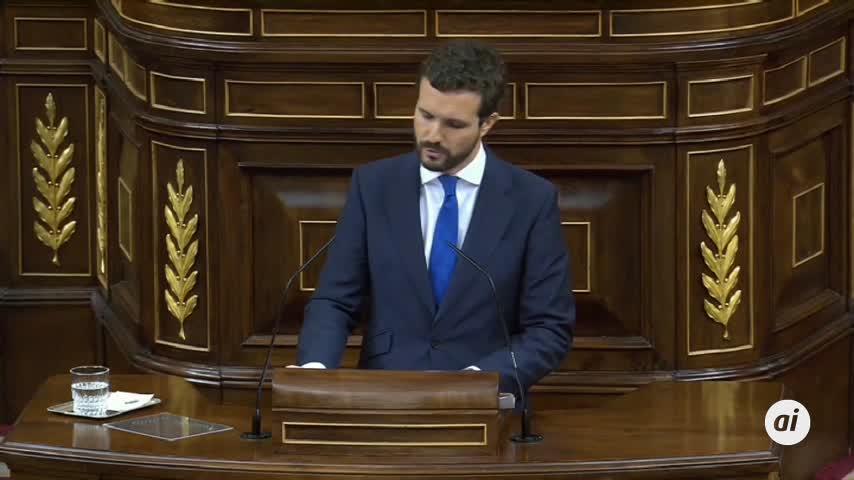 """Casado acusa a Sánchez """"cambiar el régimen"""" del 78 por mantenerse"""