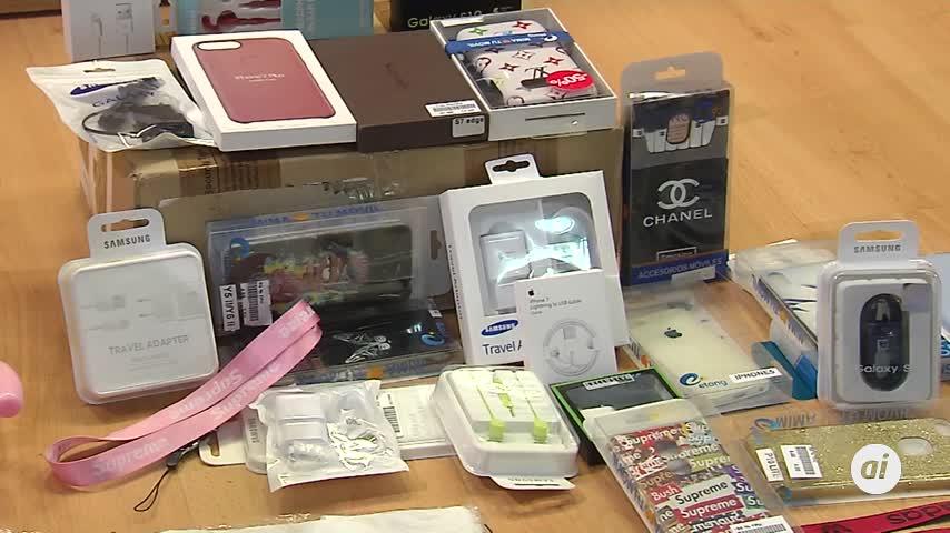 La Policía requisa más de 6.000 productos falsificados en Navidad