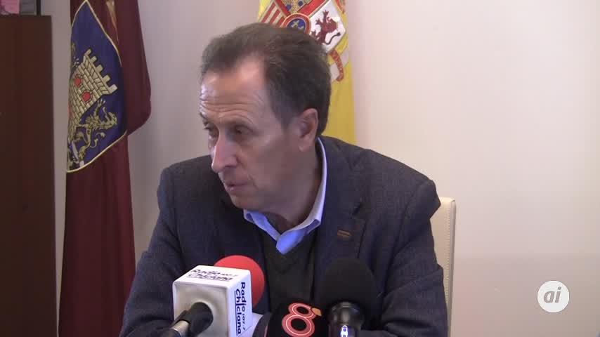 El alcalde recibe al nuevo gerente del GDR de La Janda Litoral