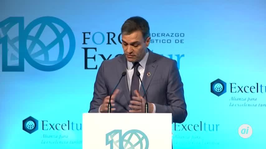 Sánchez promete respaldo a que España albergue un Davos del turismo