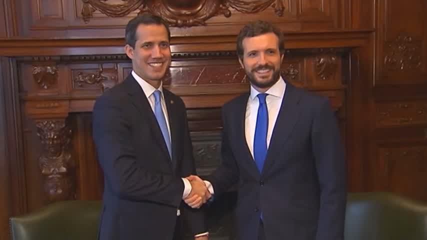 PP y PSOE acuden juntos a recibir a Guaidó en la Casa América