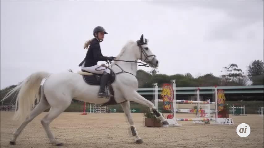 La Infanta Elena, en el concurso de saltos ecuestres de San Roque