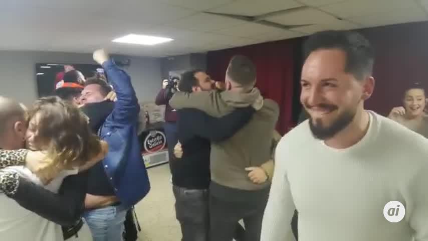 Rivero, Tino y la chirigota del barrio, finalistas en su regreso