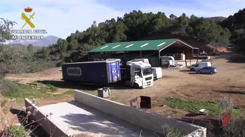 Desmantelada en Málaga primera fábrica de tabaco subterránea de Europa
