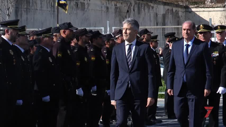 Grande-Marlaska inaugura la nueva comisaría de La Asunción