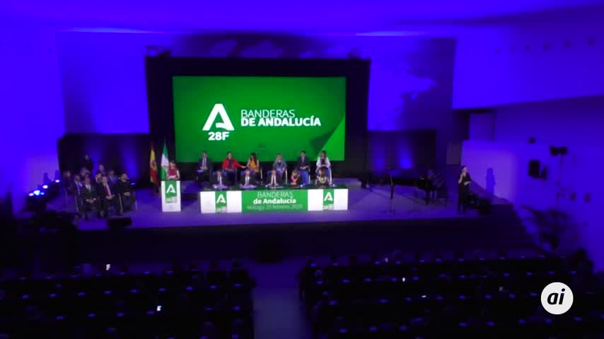 """Diez banderas para unos """"dignos representantes"""" de Málaga"""