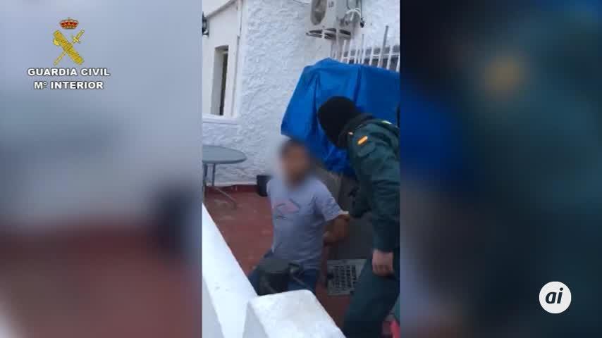 Dos detenidos por presunto tráfico de droga y robos en Vera