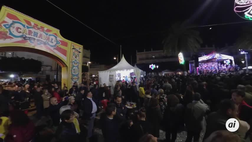 La Plaza del Carnaval en la Noche de los Coros y en 360 grados