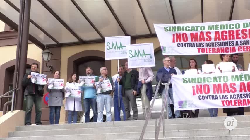 El personal sanitario protesta por repunte de agresiones en Urgencias
