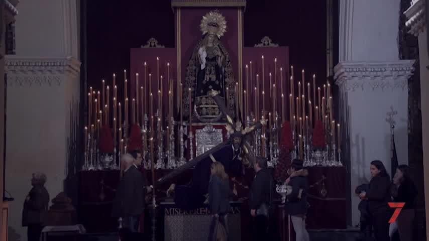 Las Tres Caídas y La Vera Cruz aconsejarán no besar a sus imágenes