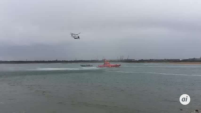 Dos tripulantes fallecidos tras volcar una embarcación en Punta Umbría