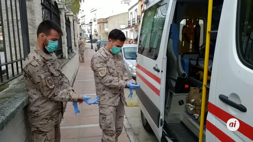 Llevan a La Línea a los afectados de la residencia de Alcalá del Valle